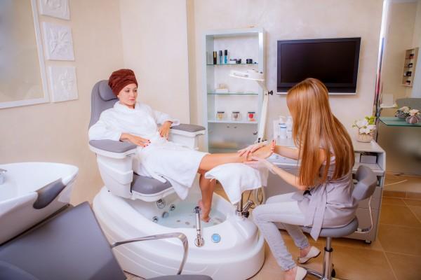Kurs Diplom Kosmetik und Fusspflege – Basislehrgang